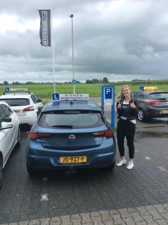 Renata vd Woude geslaagd op 25 juli 2017