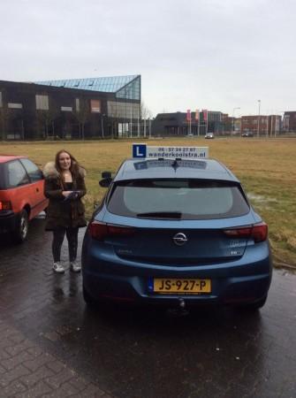 Celine Cheryl van den Burgt geslaagd op 27-02-2017